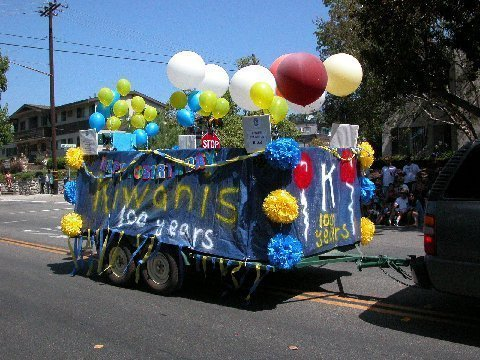 2015 Sierra Madre Kiwanis 4th of July Float